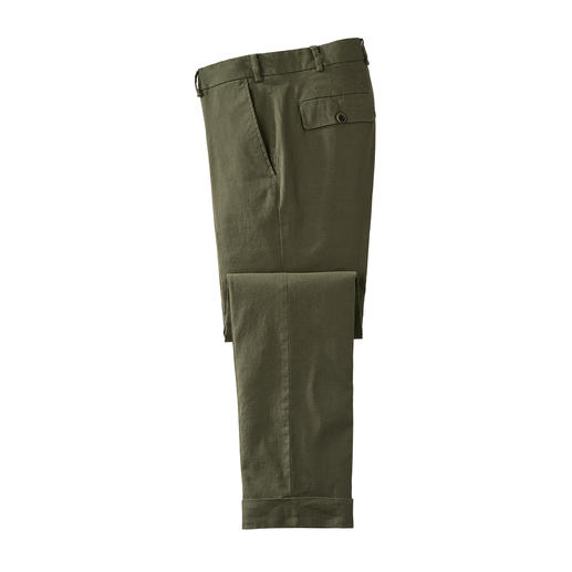 Linen Chinos Classic skinny leg chinos. Shape-retaining woven fabric with added cotton.