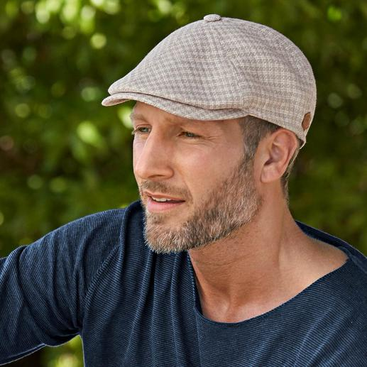 Hemp/linen Flat Cap Airy, yet hard-wearing. And very light, as it is unlined. The rare flat cap made of cooling linen.