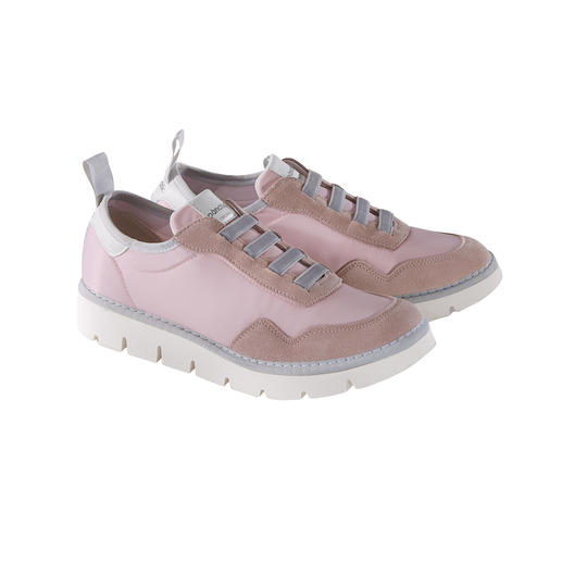 Pànchic Lightweight Sneakers Ultralight sneakers made in Italy. Top quality. Trendy sole tread. Current shades. By Pànchic.