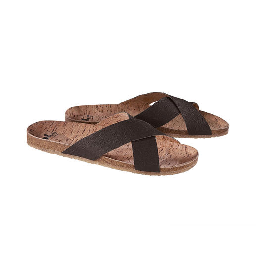 Good for the environment – and good for your feet. Vegan sandals with comfortable cork footbed and flexible, non-slip rubber sole.