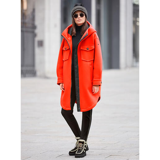 Goldbergh Sports Couture Parka, Orange Sporty streetwear or stylish sportswear? Both! By Dutch fashion press favourite, Goldbergh.