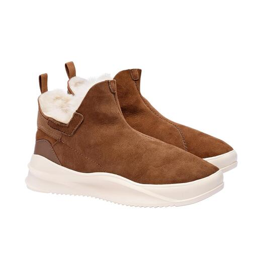 Pajar® Lambskin Sneaker Boots Slim last. Trendy sneaker sole. Premium quality from Pajar® of Montreal/Canada.