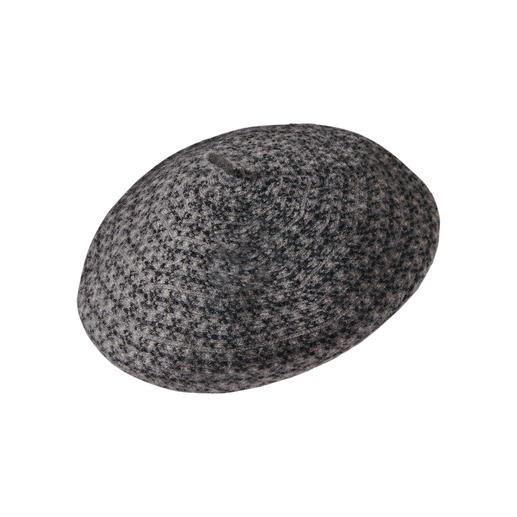 Loevenich Woollen Beret The beret is back: More stylish and more comfortable than ever (and it comes at a pleasant price).