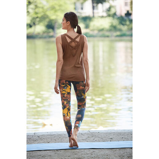 Mandala loungewear set Comfortable enough for yoga, tai chi and the sofa. Chic enough for the fanciest spas and studios.