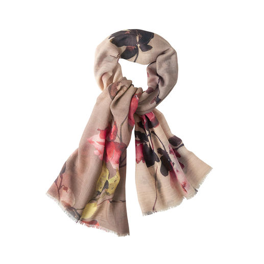 Metallic flower scarf The light, gently warming virgin wool scarf with artistic colour gradient.