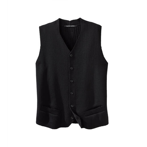 Hannes Roether Knitted Waistcoat Long searched for, finally found: Few waistcoats are this elegant and comfortable. By Hannes Roether/Germany.