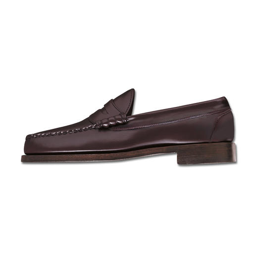 Penny Loafer The original Penny Loafer. Still traditionally made as a moccasin.