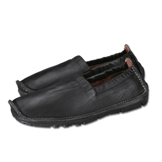 Arcus® Relaxing Loafer With seam welts and genuine latex sole. Wonderfully flexible, perfect for leisure and holiday.