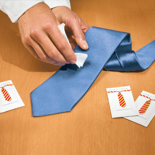 Silk & Clean Towelettes, 15 units A stain on your tie? Help is finally at hand.