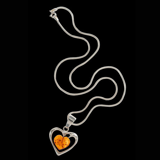 Amber Heart Necklace Over 40m years old – and captured in this delicate necklace. The amber heart – a sign of everlasting love.