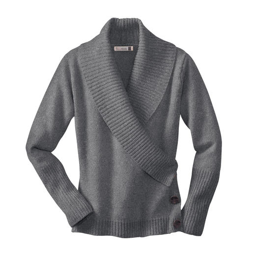 Fisherman Wrap Jumper A classic becomes a trendy evergreen. The wrap jumper by Fisherman out of Ireland.