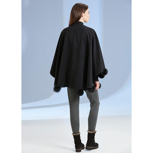 Opera Cape Elegantly embellished. Perfect for a gala outfit and very fashionable with a pair of casual jeans.