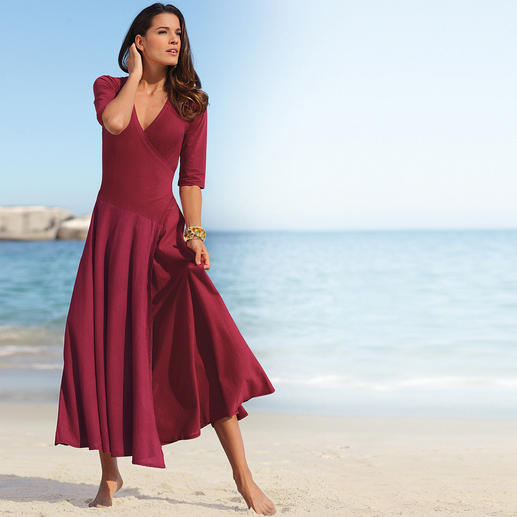 Ibiza Dress Comfortable and feminine. Romantic and sexy. The original from Ibiza.
