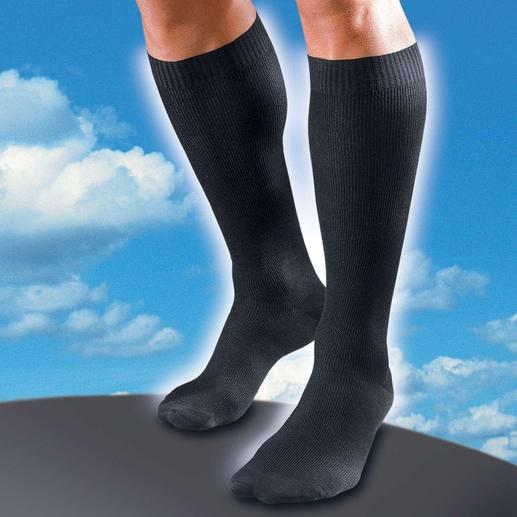 Travel Socks Elegant travel socks with invisible support.
