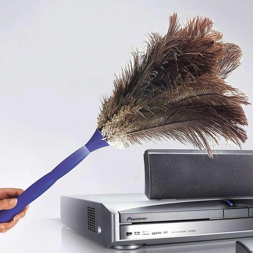 Useful even without its telescope handle: Ideal to dust banisters and sensitive electronic equipment.